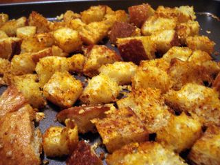 Homemade-crouton-photo-1024x768